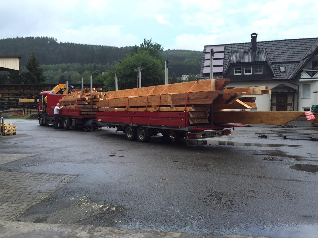 Das Holz für Montag ist geladen