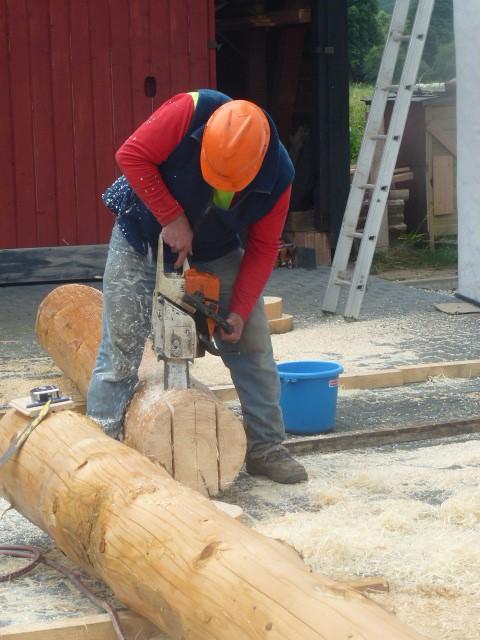 Hier ist Präzision gefragt, da muß der Holzmichel persönlich ran